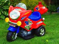 Elektrická silniční minimotorka, červená